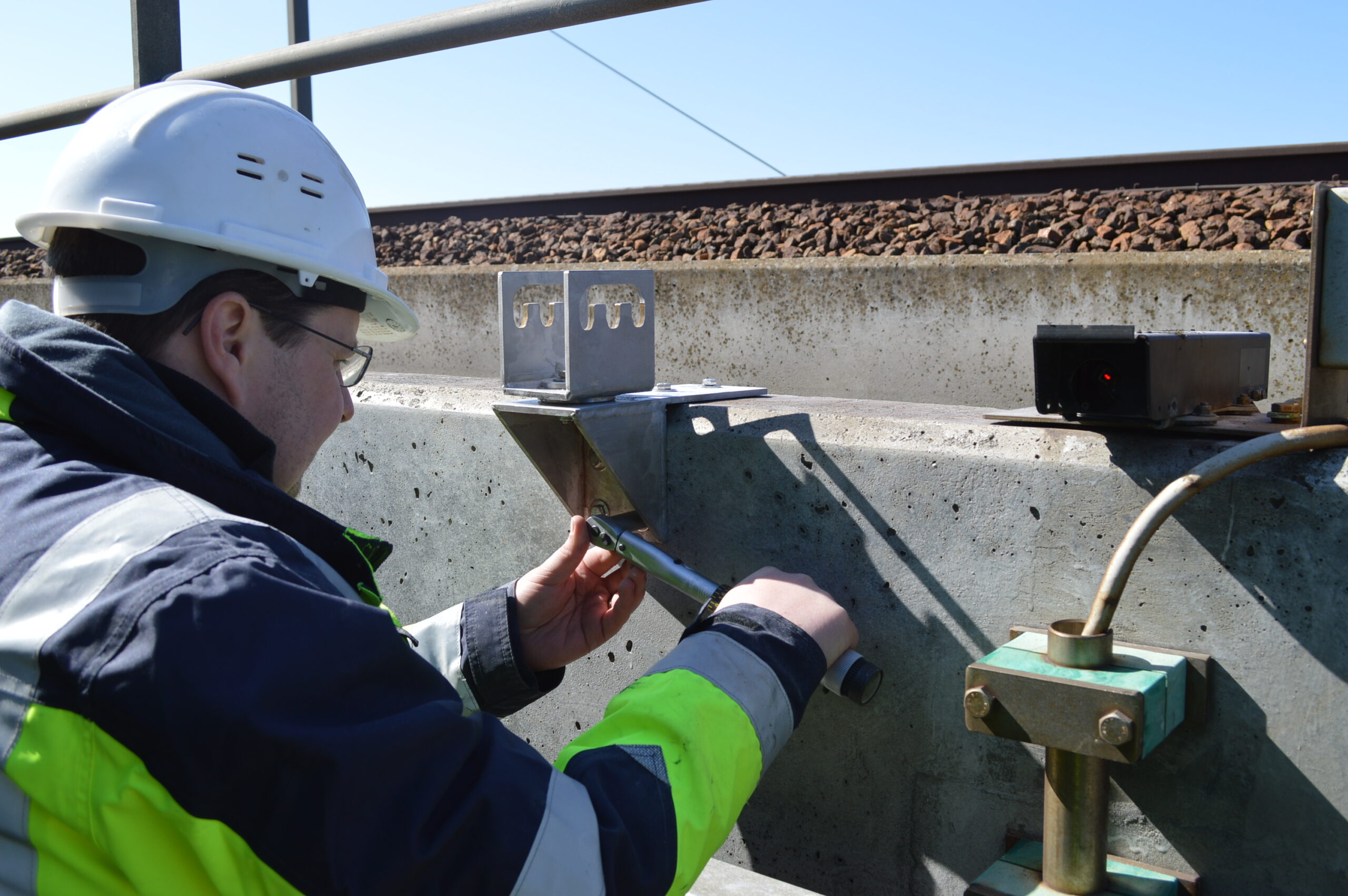 structural health monitoring installation hardware